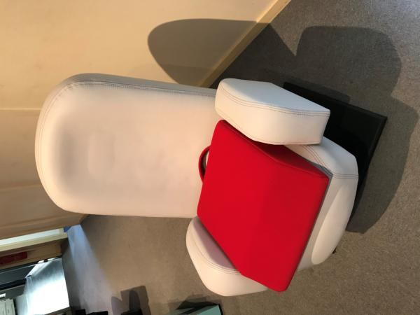 Rehausseur d'assise en mousse ROUGE